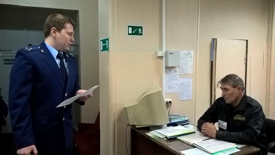 Рязанской прокуратурой выявлены нарушения в охране образовательных учреждений