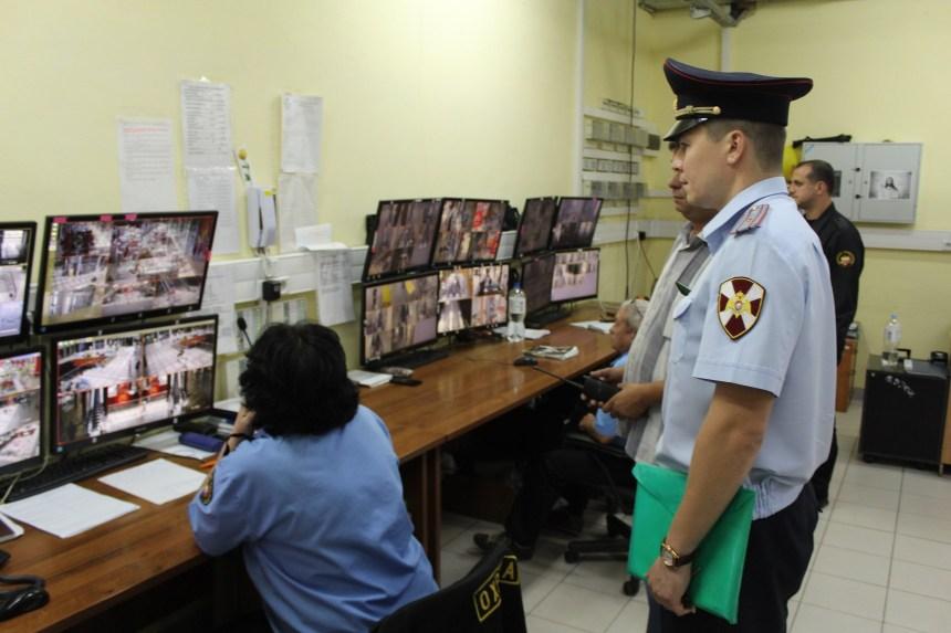 В феврале вступает в силу новый порядок проведения периодических проверок частных охранников