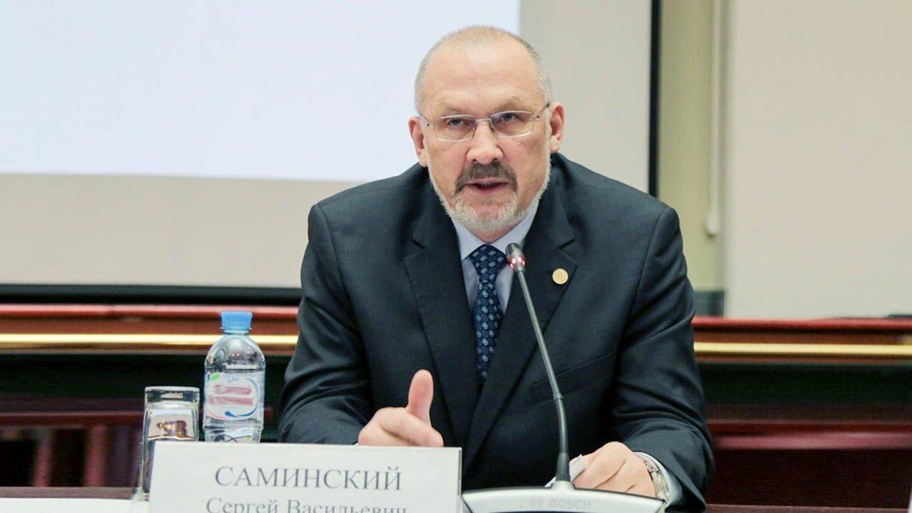 Сергей Саминский прокомментировал установку камер распознавания лиц в российских школах