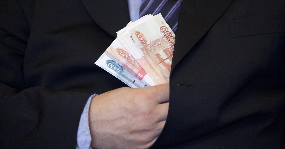 Директор ЧОП Калмыкской Республики недоплатил более 600 тыс. рублей зарплаты