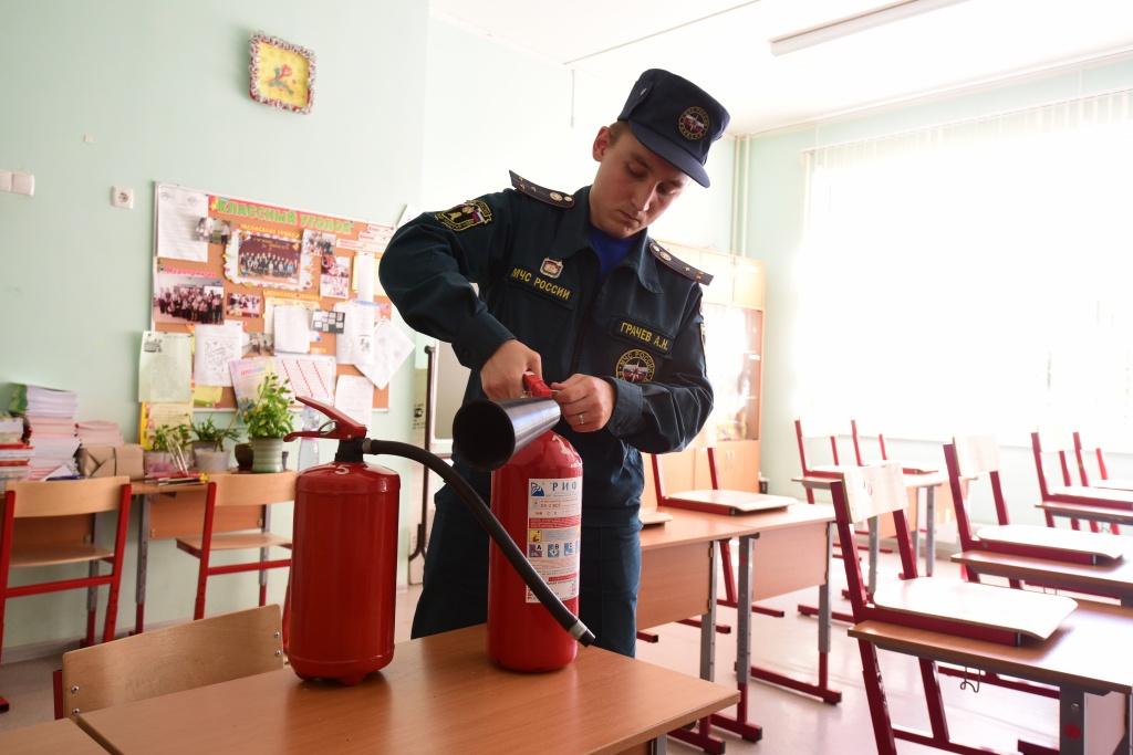 На Чукотке к началу учебного года началась проверка пожарной безопасности детсадов и школ