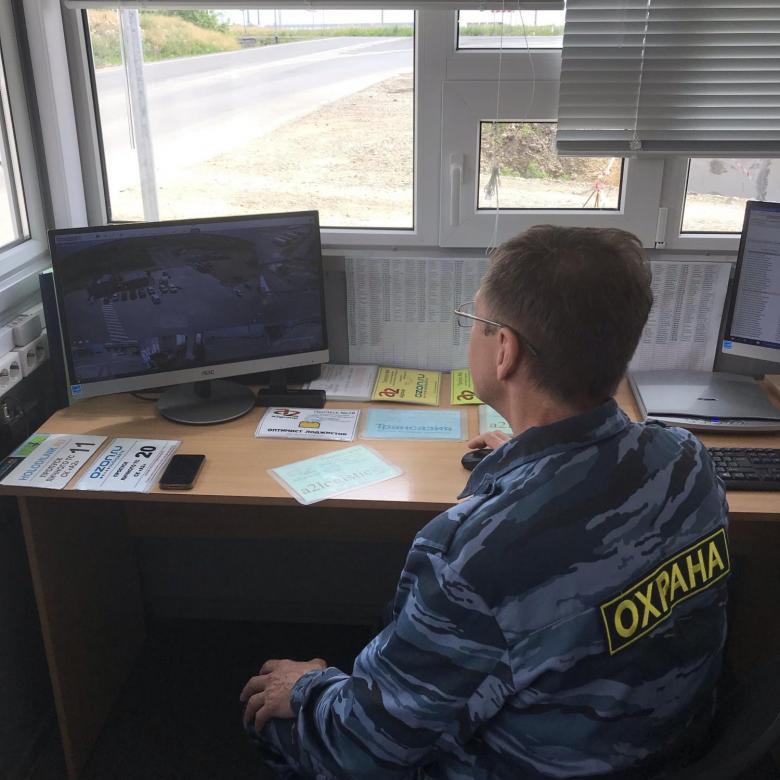 В Свердловской области для 16 детских садов и школы ищут охранников
