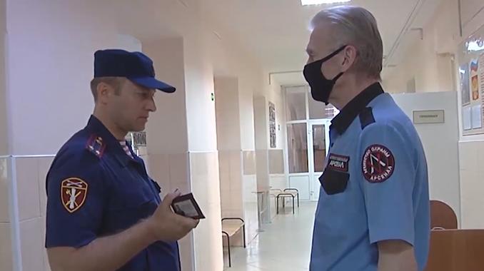 В Кузбассе Росгвардия начала проверку безопасности образовательных объектов