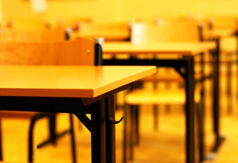 В Хабаровске 15 млн рублей направили на антитеррористическую безопасность школ
