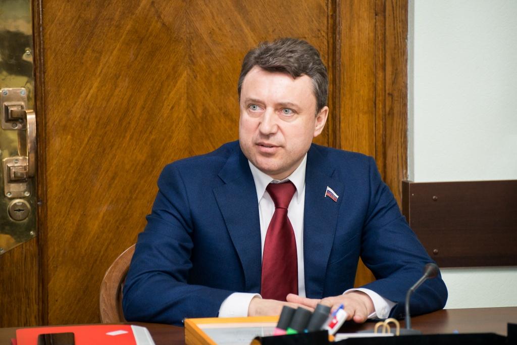 Депутат Госдумы предложил ввести госстандарт по охране объектов высшего образования