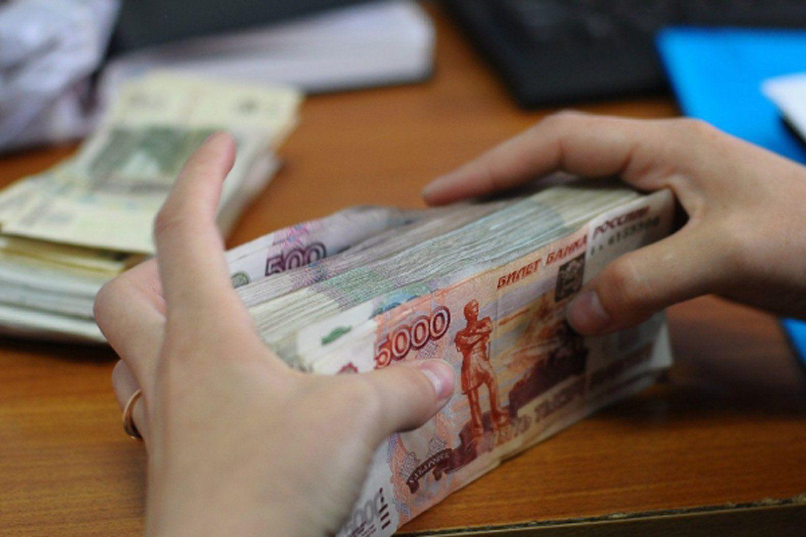 В Кузбассе бывший финансовый директор ЧОП похитил почти 2,5 млн рублей