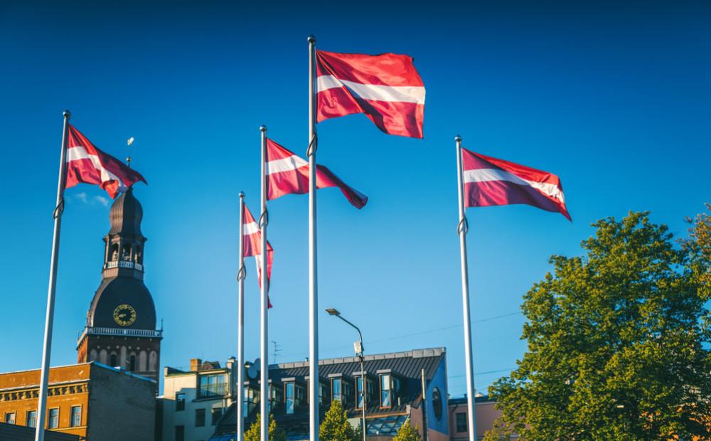 Конституционный суд Латвии отменил запрет на получение сертификата охранника людям с алкогольной зависимостью
