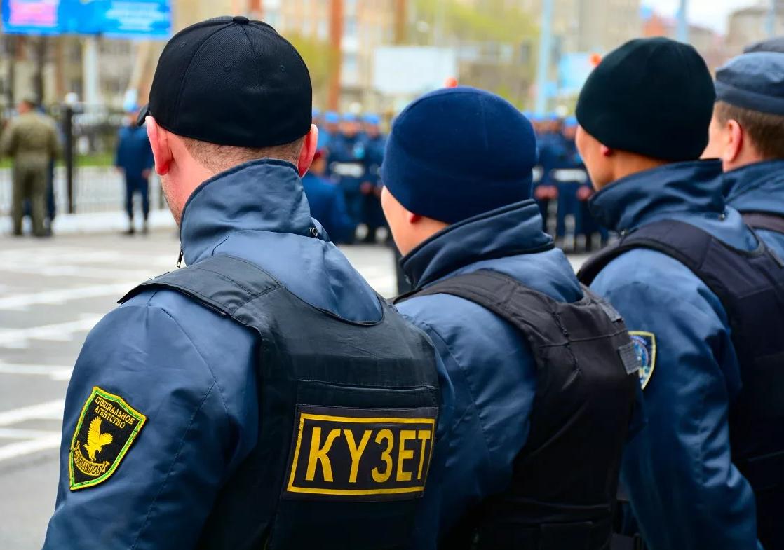 Школьных охранников Казахстана вооружат огнестрельным оружием