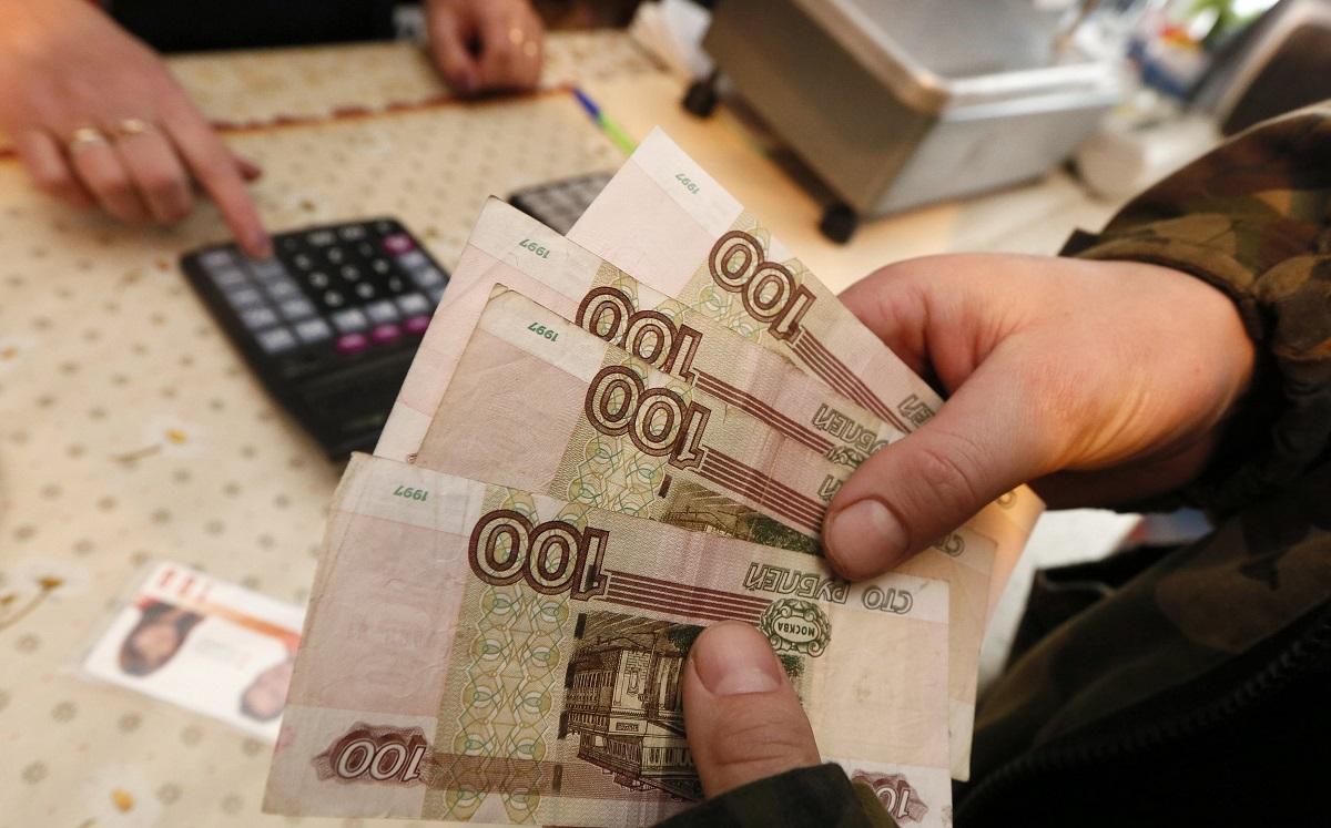 Прокуратура Хабаровского края помогла работнику ЧОП получить зарплату