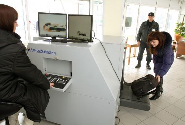 В России в 2021 году выросло вдвое количество досмотров багажа на ж/д вокзалах
