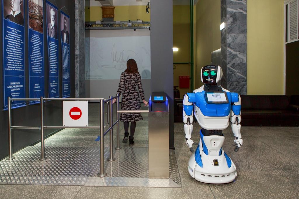 Российского робота взяли на работу охранником в Германии